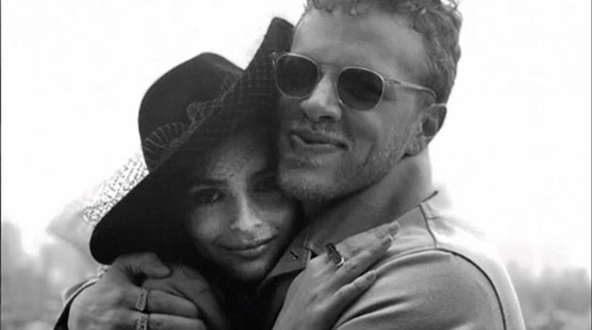 Emily Ratajkowski, con su ya marido,Sebastian Bear-McClard,