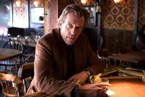 Hugh Laurie como protagonista dela serie Chance