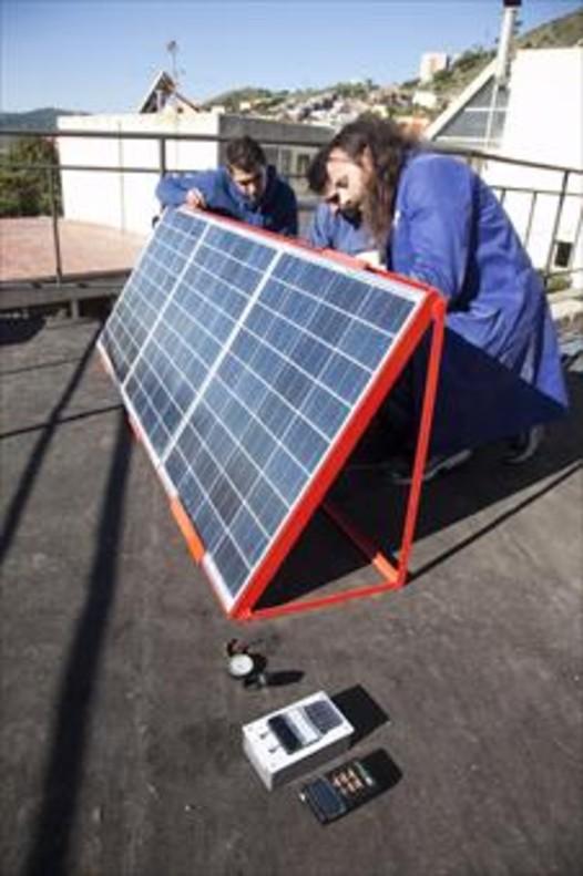 Instalación de placas fotovoltaicas.