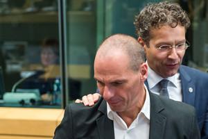 El ministro de Finanzas griego,Yanis Varoufakis, y el presidente del Eurogrupo,Jeroen Dijsselbloem.