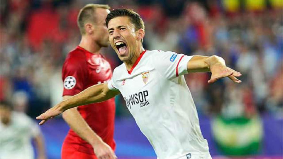Lenglet en un partido con el Sevilla
