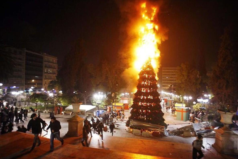 Imagen de la felicitación navideña de IU Madrid.