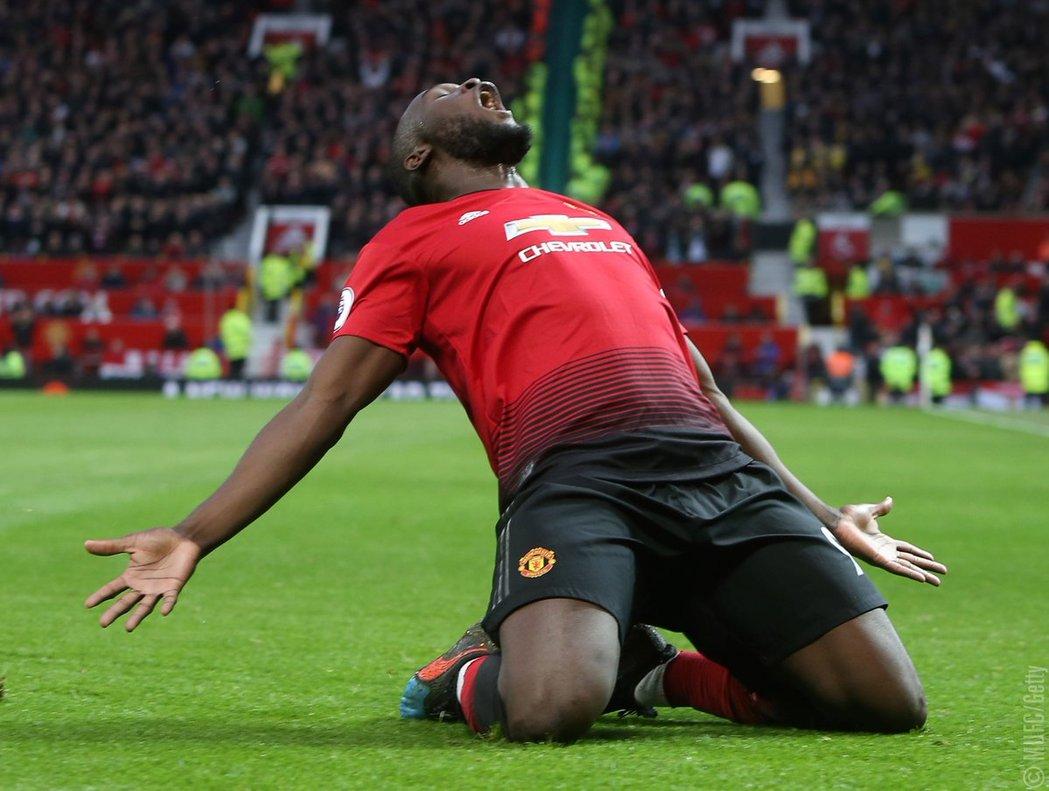 Manchester United se encuentra a 13 puntos del líder Manchester City
