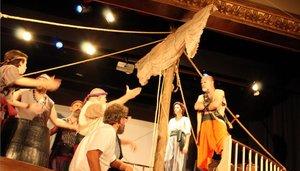 Mar i cel, interpretada por la Agrupació Cultural Mossèn Cinto Verdaguer.