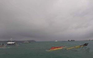 Naufragio de una embarcación en Filipinas.