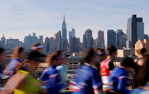 Athletics - New York City Marathon - New York City, New York, U.S. - November 4, 2018 General view of the New York skyline as competitors run past during the marathon REUTERS/Caitlin Ochs TPX IMAGES OF THE DAY