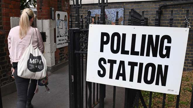 Estan cridatsa votar 46,9 milions de britànics.