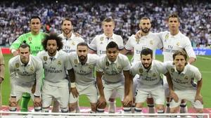 El once inicial del Madrid en el clásico del Bernabéu.
