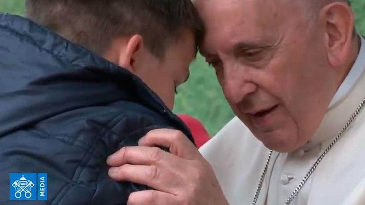 Així va consolar el Papa un nen el pare del qual, ateu, havia mort