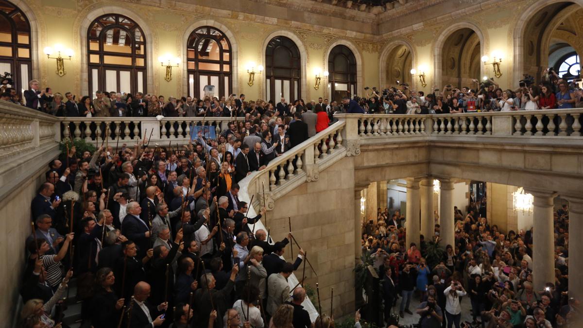 El Parlament celebra la declaració dindependència.