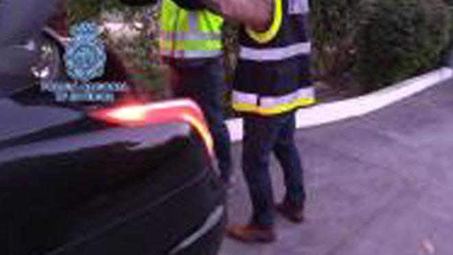 Imágenes de la Policía Nacional investigando la gestión fraudulenta del grupo Idental.