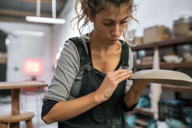 Cata Echegaray, en el taller Bonitos Pottery.