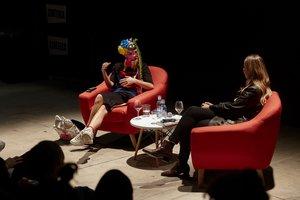 Nadya Tolokonnikova durante la presentación de su libro en Madrid.