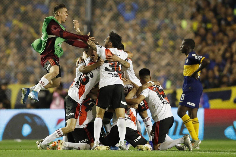 Los jugadores de River Plate celebran el pase a la final.