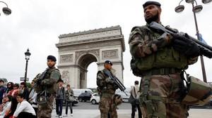 Seguridad en París.