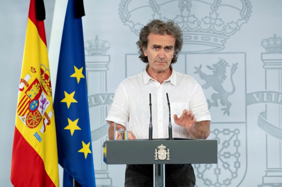 Fernando Simóndurante una rueda de prensa.