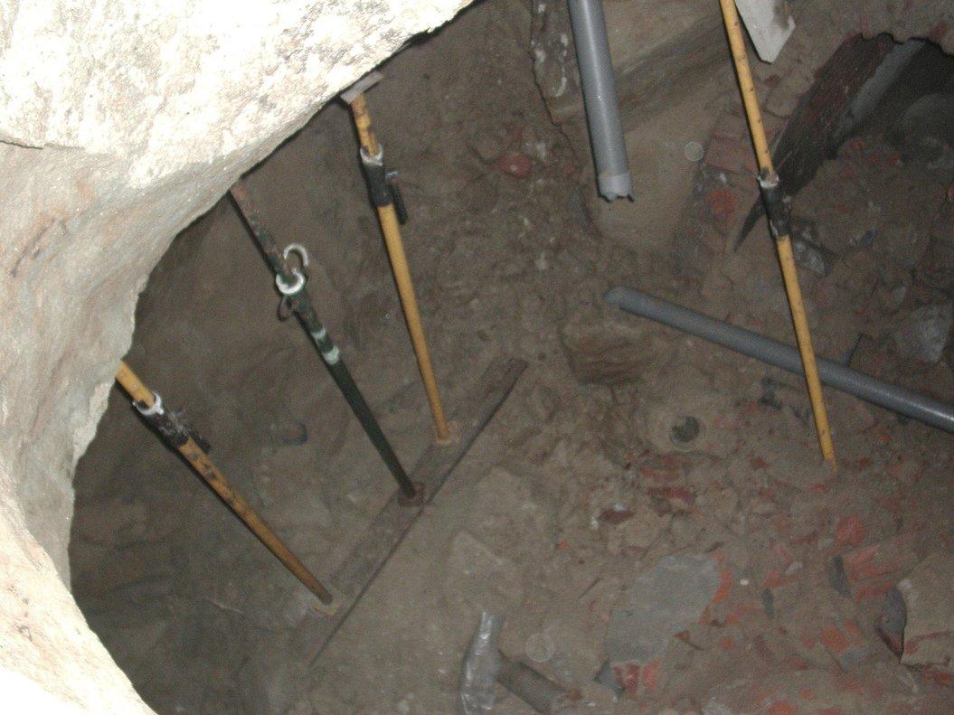Un socavón en una vivienda de Madrid.