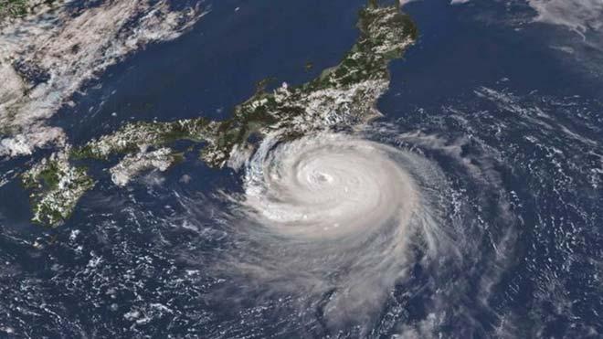 El tifón 'Faxai' golpea con mucha fuerza a Japón y deja decenas de heridos.