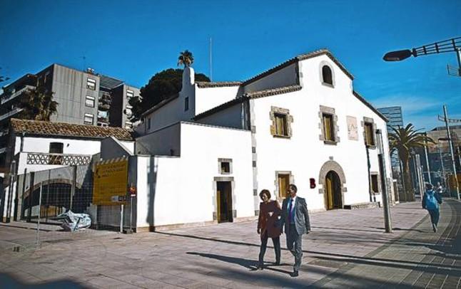 Una imagen de la restaurada masía de Can Verdaguer, en Nou Barris, el sábado.