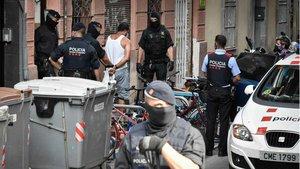 Un detenidoen una operación policial contra el terrorismo yihadista.