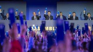 Votación en la última asamblea de compromisarios del FC Barcelona.