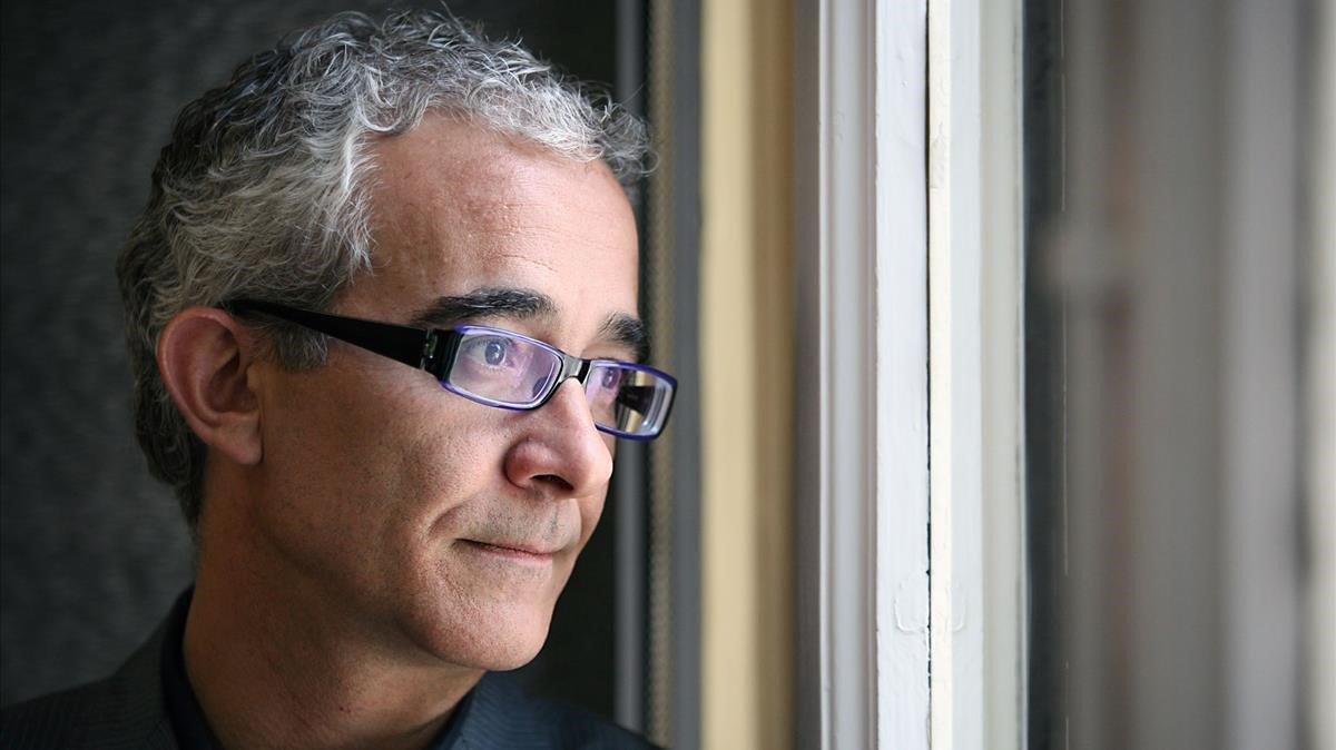 Mor el novel·lista i traductor Enrique de Hériz als 55 anys