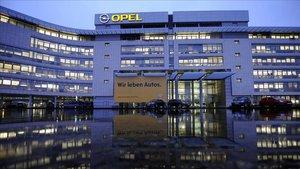 La policia escorcolla les oficines d'Opel a Alemanya