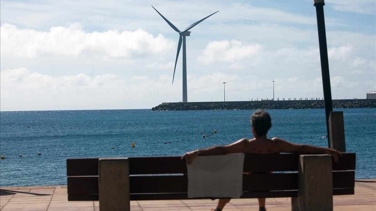 Aerogenerador en las islas Canarias.