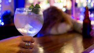Una de cada 20 morts per malaltia al món són a causa de l'alcohol
