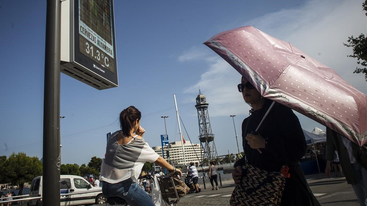 Barcelona activa l'alerta del seu pla d'actuació per onada de calor