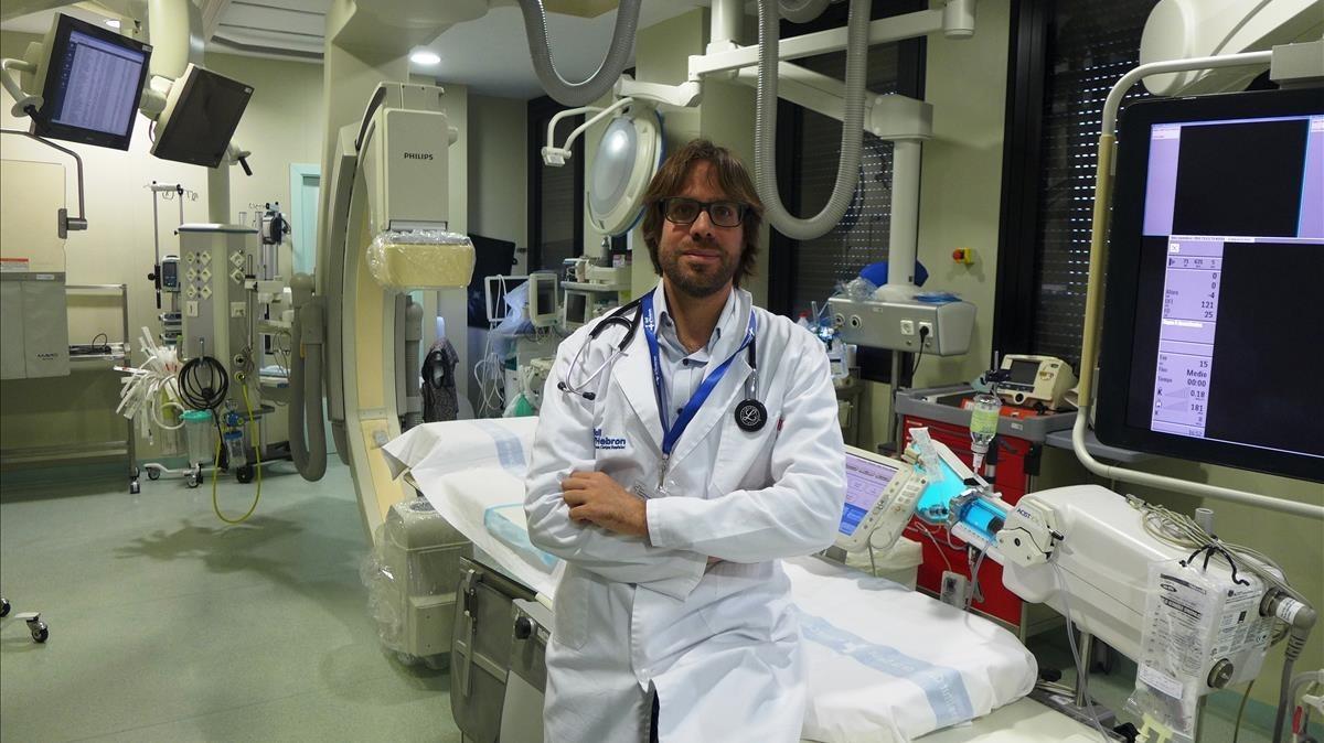 El investigador principal del estudio que relaciona contaminación e infartos de miocardio, el cardiólogo del Hospital Vall d'Hebron Jordi Bañeras.