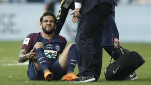 Alarma al Brasil per la lesió de Dani Alves