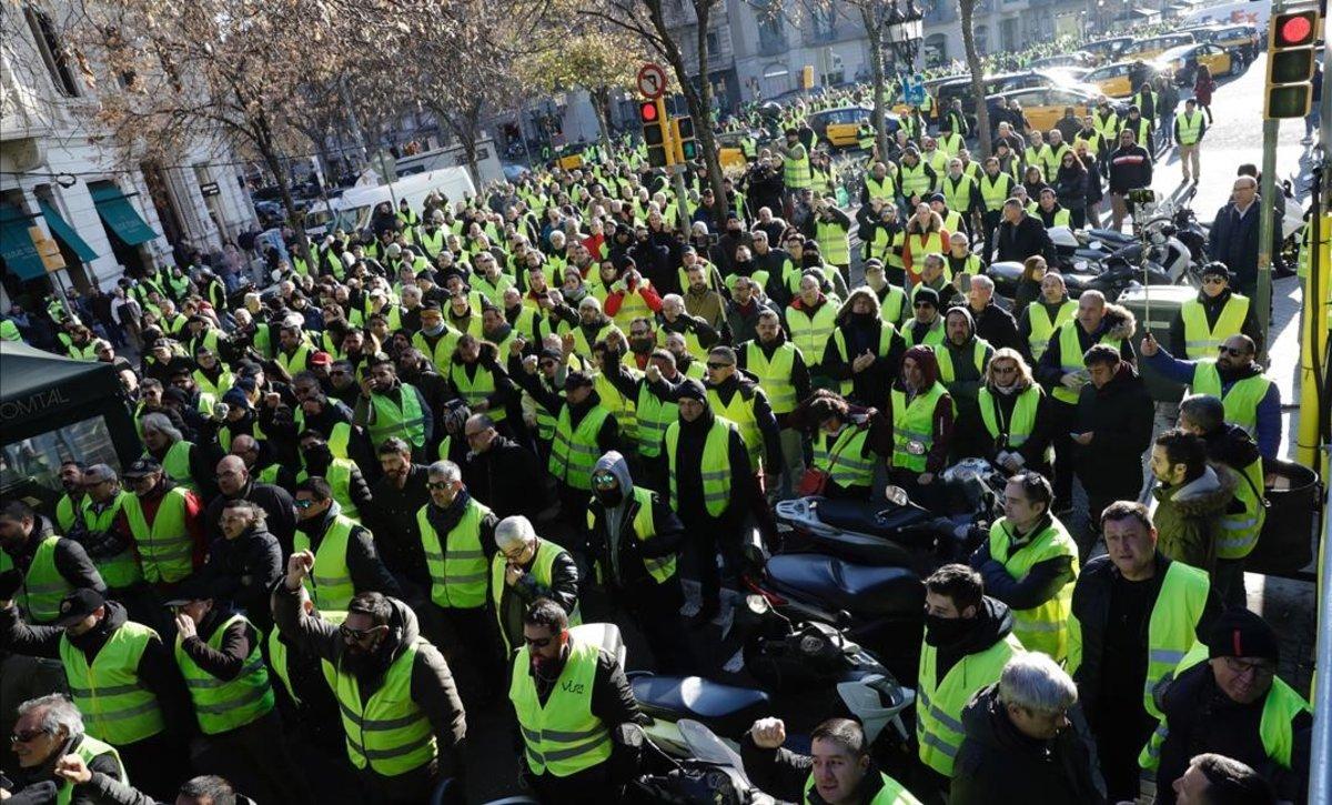 L'Autoritat de Competència rebutja el decret que va acabar amb la vaga del taxi