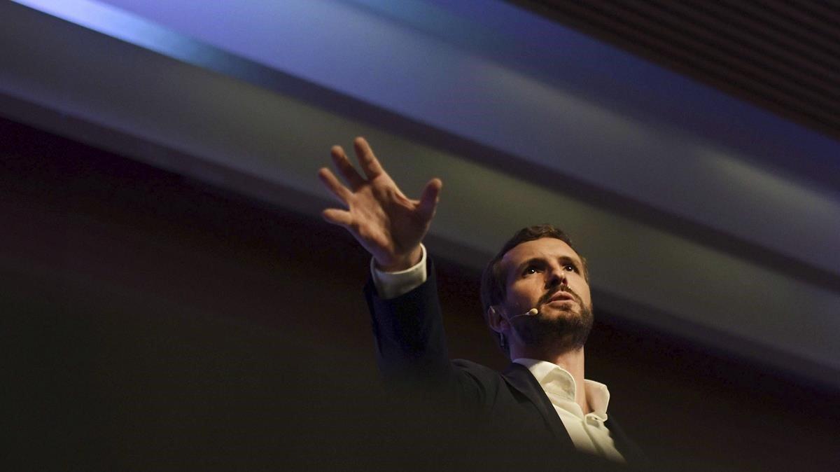 El PP atia el temor d'una nova crisi econòmica per superar el PSOE