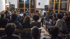 Actuación de Adala en la Casa Buenos Aires de Vallvidrera.