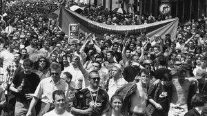 Activistas LGTBI en una manifestación proderechos en Piccadilly Circusm en 1996.