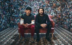 El rapero Nach y el cantante Juanes.
