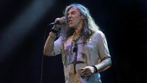 Gerard Quintana, en el concierto de Sopa de Cabra, este domingo en el festival Strenes de Girona.