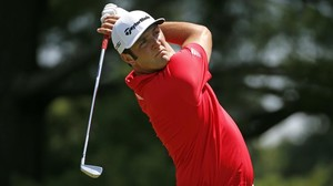 lmendiola34471187 jon rahm watches his shot from the second tee during the fin160627002623