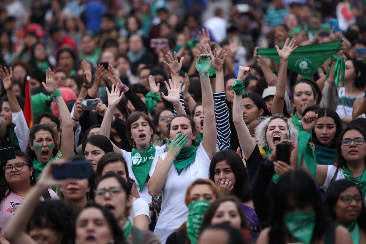 Miles de mexicanas tomaron el centro de Ciudad de México, portando el ya tradicional pañuelo verde.