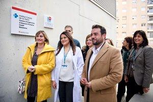 Alba Vergés, 'consellera' de Salut, y Álex Pastor, alcalde de Badalona, en la inauguración del nuevo CUAP.