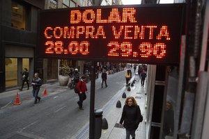 El ingreso fue contabilizado por el Banco Central argentino y en gran parte explican el aumento en 6.175 millones de dólares registrado hoy en las reservas internacionales.
