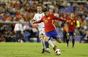 Asensio dispara a puerta durante el España-Albania del viernes pasado.