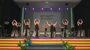 Bailes por el Día de Andalucía en Viladecans.