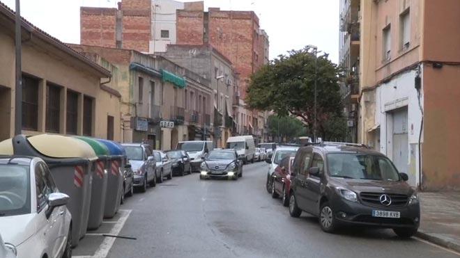 Calle de la Mare de Déu del Port (Barcelona), donde los Mossos investigan la muerte de un hombre.