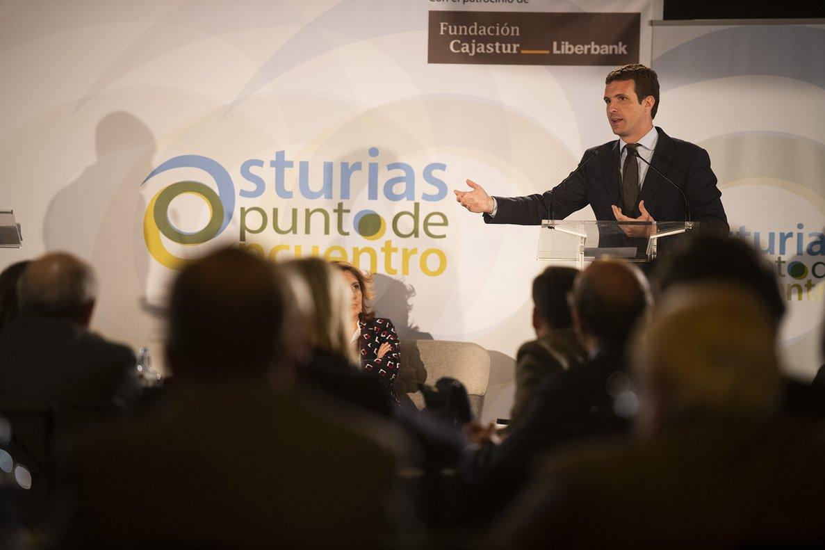 Pablo Casado, este viernes en Oviedo, durante un acto con empresarios.