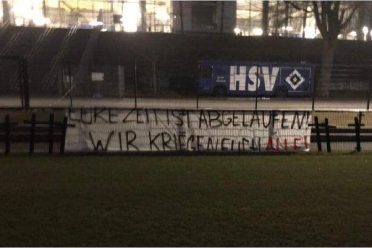 Cruces y amenazas de muerte en el entrenamiento del Hamburgo SV.