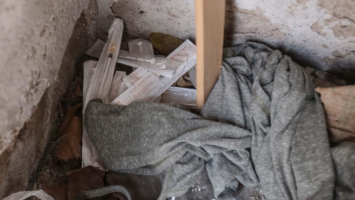 Desmantelados dos narcopisos en el Eixample de Barcelona.