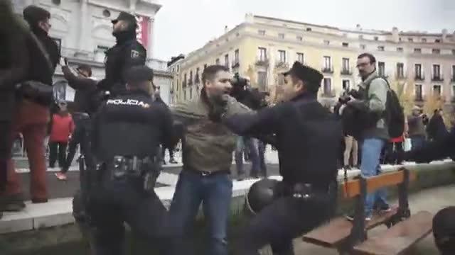 El Govern esgrimeix motius de seguretat per rebutjar el trasllat de Franco a l'Almudena