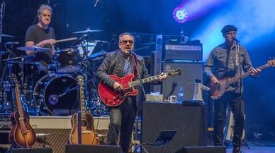 Elvis Costello, la lección de un grande del pop